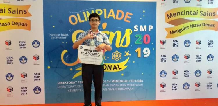 Irfan siswa SMP Negeri 4 Kota Bogor Jago Matematika  hingga tingkat Internasional